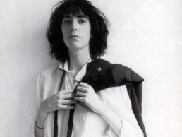 61cc65-20170308-patti-smith-horses